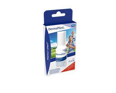 Hartmann DermaPlast® Protect Spray + transparent spray plaster packshot with father holding son on shoulders happy outdoors summer green fields blue sky.